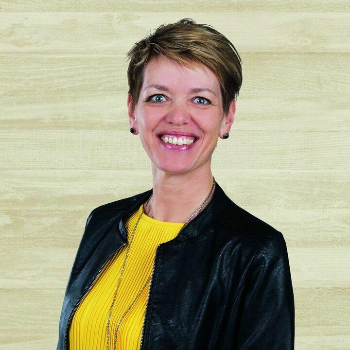 Yvonne Keller
