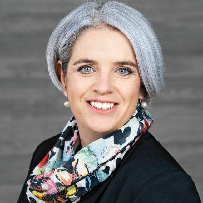 Caroline Bartholet